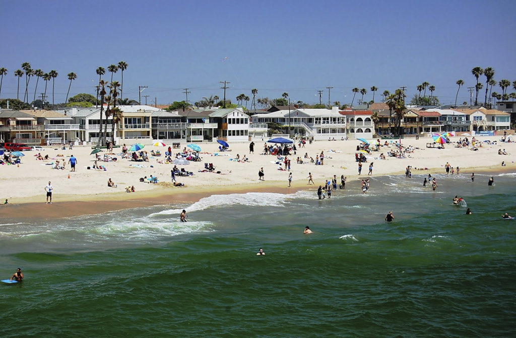 Beautiful beach is one of the reasons to move in Seal Beach.